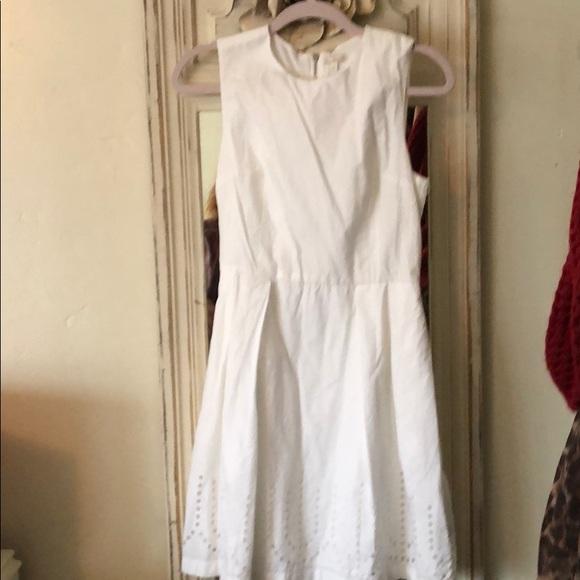 GAP Dresses & Skirts - Beautiful white dress